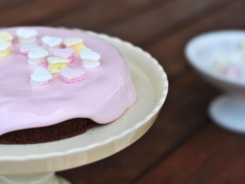 עוגת שוקולד בציפוי מרשמלו