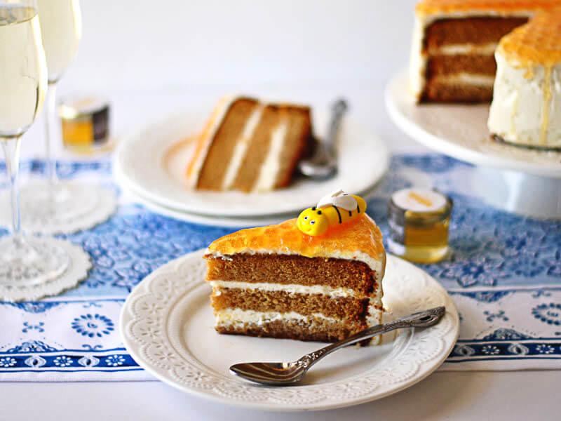 עוגת כוורת פרוסה