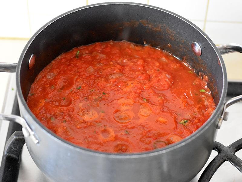 רוטב עגבניות לפסטות ולזניות