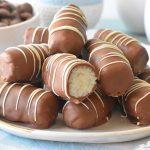 חטיף באונטי ביתי – פינוק של קוקוס ושוקולד