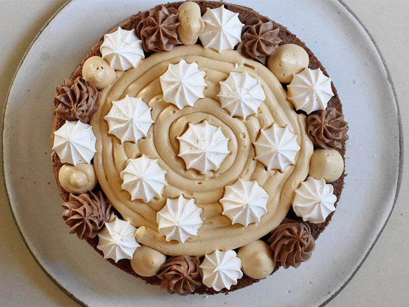 עוגת יומולדת שכבה אמצעית