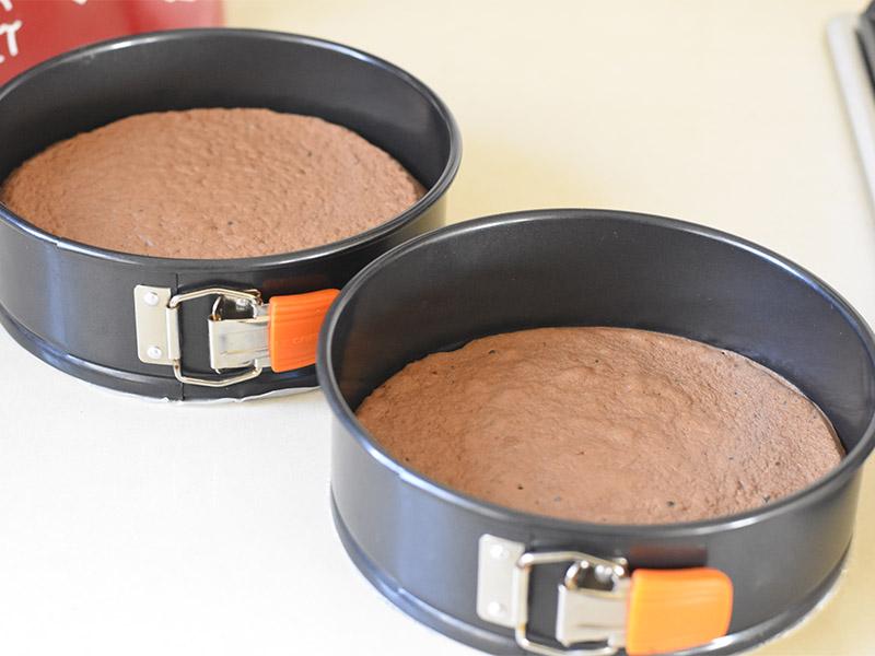 עוגות חמות מהתנור