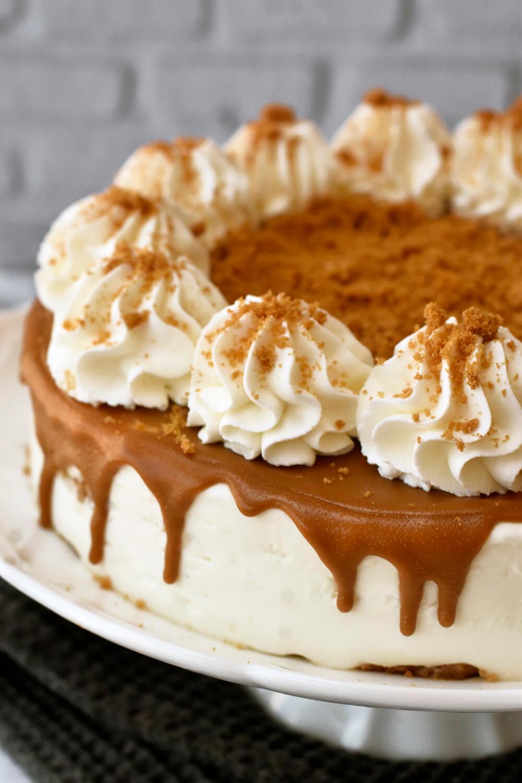 עוגת מוס וניל ולוטוס